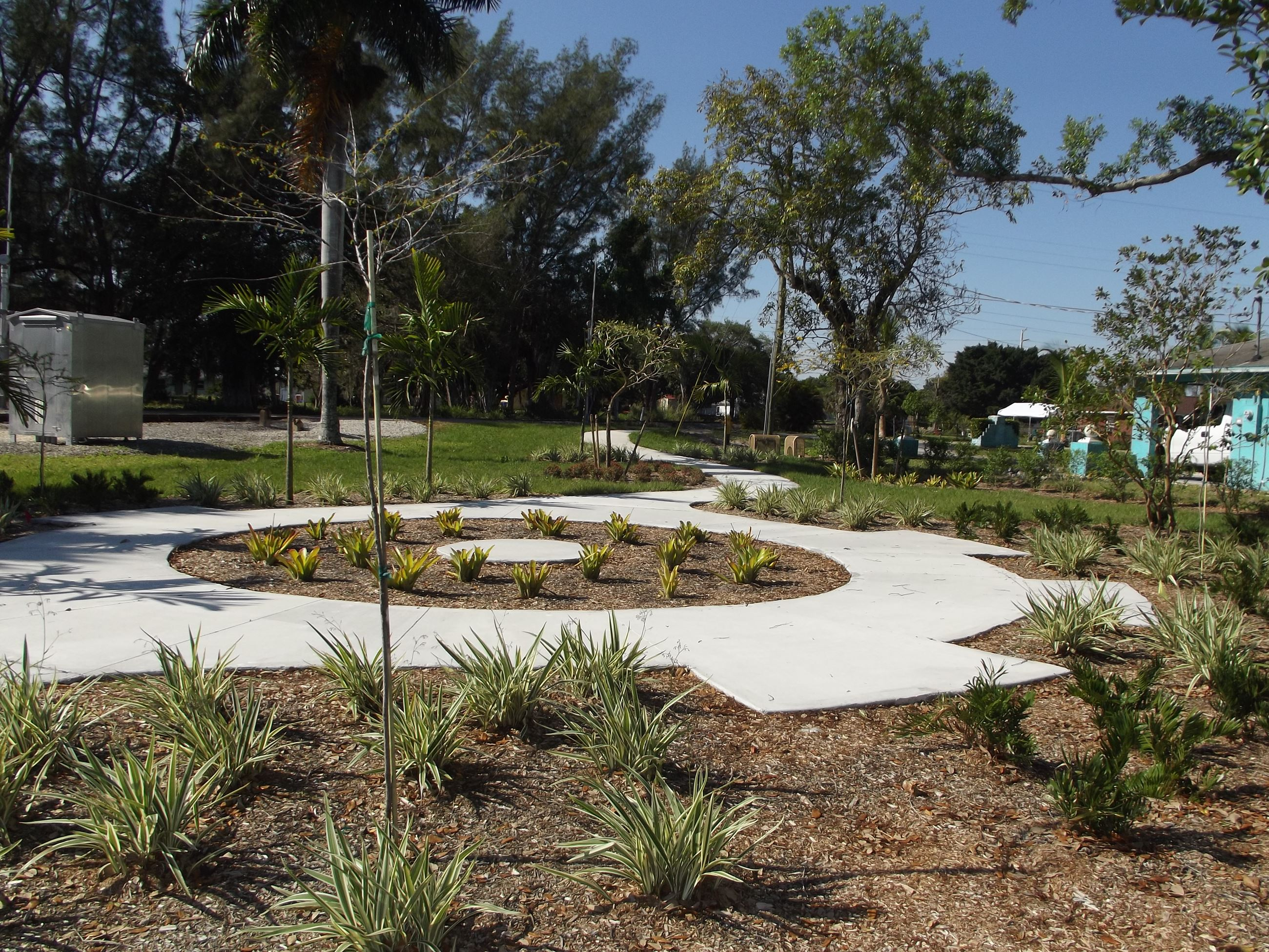 Benches installed at Velasco Village Park 003
